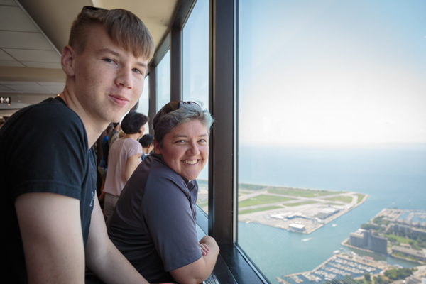 Jaymee and I looking out from the CN Tower © Allyson Scott